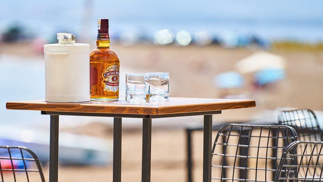 糖質制限中もアルコールを楽しみたい!飲んでいいお酒&ダメなお酒   【公式】島根の有機 桜江町(さくらえちょう)桑茶生産組合